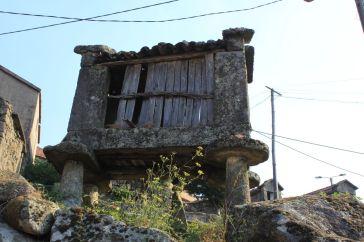 Sistelo, Estrica