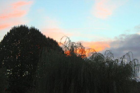 Rio Vez, Valeta, as nuvens vermelhas do por do Sol de Outono